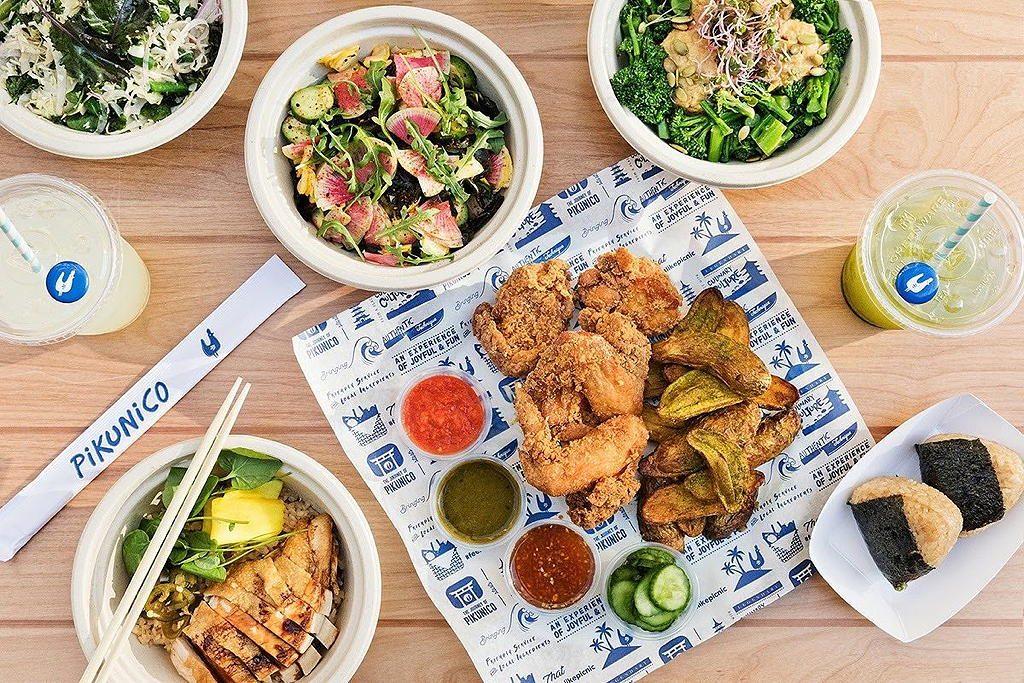 Pikunico Fried Chicken restaurant near Circa apartments in downtown Los Angeles